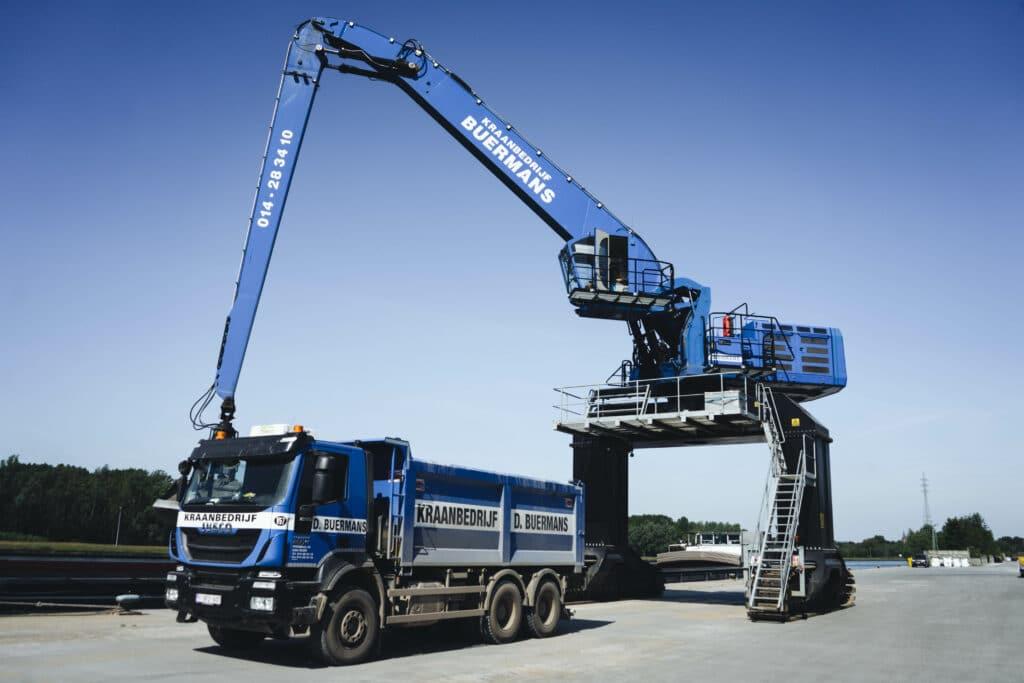 Kraanbedrijf D. Buermans - Overslag - Transportation